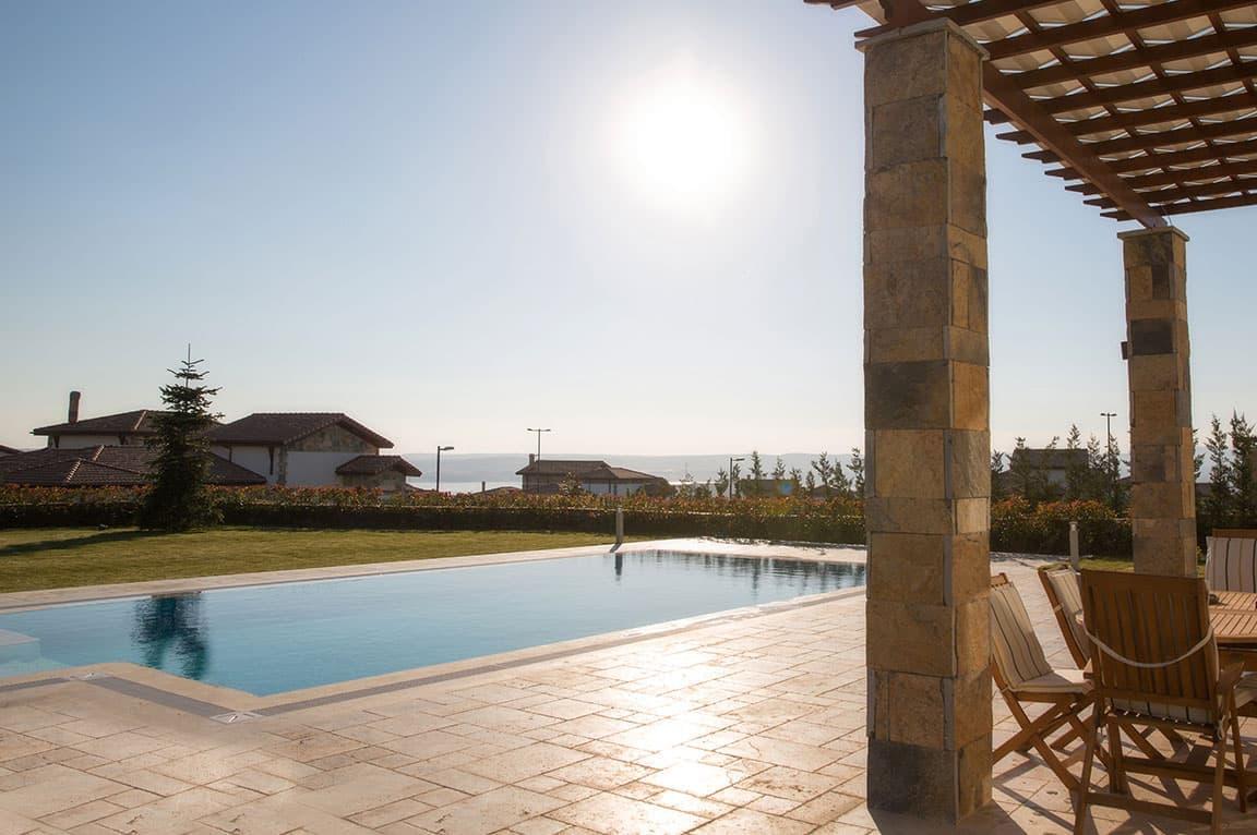 park village evleri toplu prefabrik havuz projesi